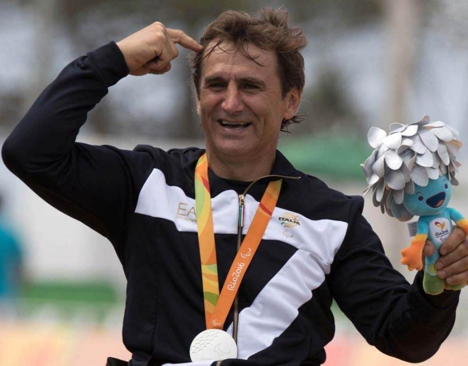 Zanardi no Podio da Paralimpiada 2016